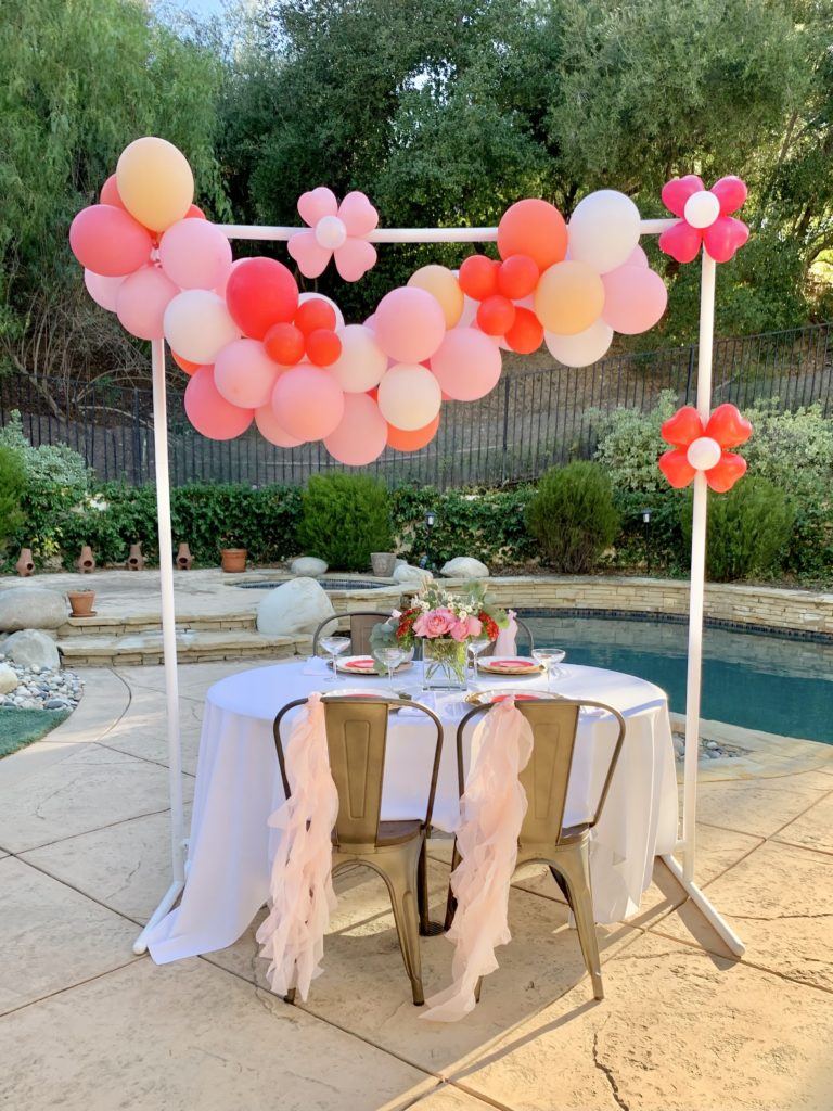 Balloon Garland over table